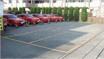 お客様用駐車場